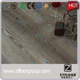 Suelo de madera de la mirada de la textura del vinilo impermeable del PVC de la alta calidad usado para la decoración de interior