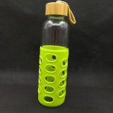 Glasflasche mit Bambuskappe