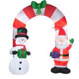 El arco de Navidad inflable para las vacaciones y parte de decoración