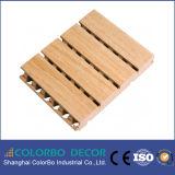 Painel acústico decorativo de madeira perfurado Eco-Friendly do MDF para o interior