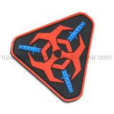 Étiquette en caoutchouc de PVC de la coutume 3D avec le logo gravé en relief pour la connexion de vêtement