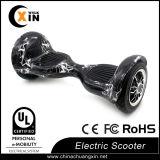 Scooter électrique Hoverboard de deux roues avec le sac de traitement