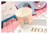 El tazón de fuente de la marca de fábrica de la insignia del diseño del papel de helado ahueca la taza