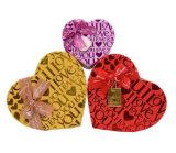 バレンタインデーのギフトの包装ボックスかキャンデーチョコレートペーパーギフト用の箱