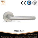 ステンレス鋼Ss 304/201の固体ドアのレバーのラッチ・ハンドル(s4021)