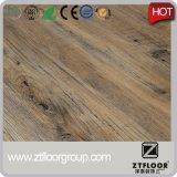 PVC del diseño del color/diseño simples del suelo del proceso estadístico usado para el deporte comercial de interior Ect con el vario calibrador