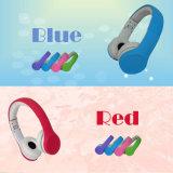 A fábrica OEM Wrieless Estéreo coloridos Kids Estudante do fone de ouvido com microfone do fone de ouvido estéreo HiFi