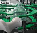 De volledig Automatische Machine van het Flessenvullen voor 1.5L & 4.5 L