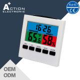 Цветной дисплей с часами станции в холодную погоду Максимальная/минимальная температура и влажность воздуха
