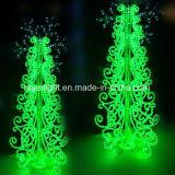 La decoración de Navidad en el exterior de la cuerda de las luces de árbol de luz LED