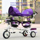 大またに歩くタイプ子供の三輪車の二重シートの子供のスマートなTrikeの子供の三輪車