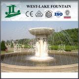 庭のためのMarble Statueの音楽的なWater Fountain