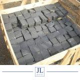 ペーバーまたは自然な石を舗装するためのNaturalsplitの建築材料のZhangpuの砥石で研がれるか、または炎にあてられたまたは黒い玄武岩