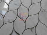 Face polida Leaf como quadro de mosaico em mármore branco Carrara (CFS1183)