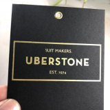 Los logotipos personalizados realizados con cartón impresión UV negro Hang Tags