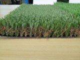 Verde mettente dell'erba sintetica falsa di golf con il certificato dello SGS