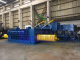 Limalha metálica hidráulico automático do compressor de sucata de aglomerado de madeira