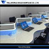 아크릴 단단한 지상 다중 워크 스테이션 가구 상업적인 사무실 책상