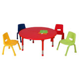Cadeira e tabela de madeira ajustáveis do berçário do metal