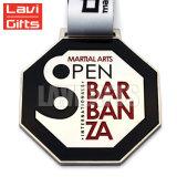 熱い販売の高品質のリボンが付いているカスタム金属の達成メダル