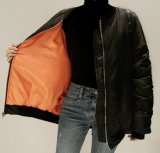 Da venda do preto do inverno revestimento quente para baixo com Zipper