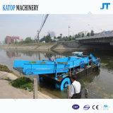 Bateau de nettoyage sur le lac ou le fleuve pour Weed et déchets aquatiques