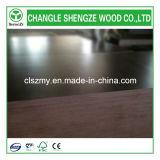 La película antirresbaladiza de 1220X2440X18m m hizo frente a la madera contrachapada