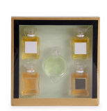 De parfum Gemerkte Gift 2018 U.S van de Ontwerper