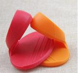 耐熱性調理の小道具BPAの自由にシリコーンのピンチグリップ