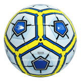 Enrollamiento de nylon al por mayor calificado balón de fútbol en bulto