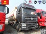40m3 Sinotruk HOWO 8X4の粉の物質的な輸送のトラック