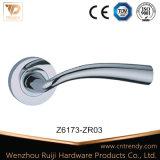O alumínio Zinc-Alloy Ferragens bloquear puxador de porta de madeira (z6166-ZR11)