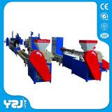 De plastic Plastic Korrels van de Extruder van de Machine van de Productie van de Band van de Riem van het Recycling van de Machine van de Granulator