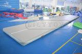 Alta qualità formato a buon mercato personalizzato 6X2m, stuoie gonfiabili del PVC di 0.9mm e di Dwf di ginnastica di 4X2m che cadono per la vendita