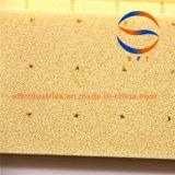 細長い穴をつけられるまたは細長い穴がつくおよび穴のパンチか、または打つPVC泡のボード