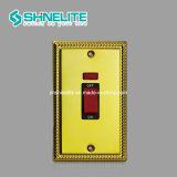 Vente chaude 45A Contacteur de prise commutée 13un mur avec néon