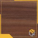 Le noyer du grain du bois imprégné de mélamine de qualité environnementale pour les meubles, papier décoratif de la porte de la Chine fournisseur