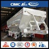 Individu vidant la remorque matérielle granulaire de camion-citerne aspirateur