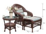 3部分の藤のソファーのオットマンのコーヒーテーブルはクッションとセットした
