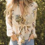 Damen arbeiten Chiffon- Blumendruck-zurück aufgespaltete Verband-Bluse um