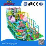 大きい赤ん坊の屋内運動場の創造的なおもちゃまたはスポーツの子供の屋内運動場デザイン