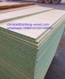 4*8サイズの安い耐湿性削片板/防水未加工Chipboard