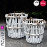 Weiße Farben-Bambuswäscherei-Korbkleidung Korb