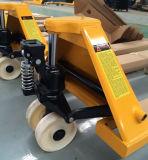 최신 판매 Cbym 2ton 손 깔판 트럭 (용접된 펌프)
