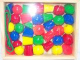 Het houten het Rijgen Stuk speelgoed van het Spel van het Raadsel