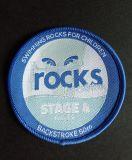 Blaues Overlocking rundes kundenspezifisches Förderung gesponnenes Abzeichen