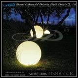 Luz al aire libre colorida de la bola del jardín de IP68 LED