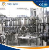 Полноавтоматическая машина безалкогольного напитка машины завалки Carbonated воды разливая по бутылкам