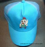 Горячая бейсбольная кепка ребенка Fooltball с вышивкой и логосом печатание