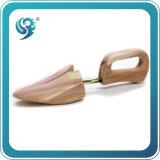 適用範囲が広い靴の木の人の靴の木